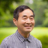青森連絡オフィスの超越瞑想教師の今井實人の写真