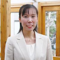 仙台連絡オフィスの超越瞑想教師の楡井瑞香の写真