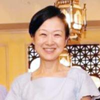 神田オフィスの超越瞑想教師の西田志真子の写真
